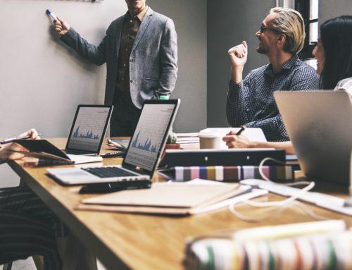 ¿Se necesita mucho dinero para empezar un negocio?